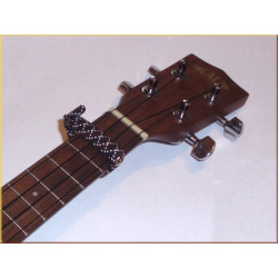 Capodastre élastique pour ukulele et mandoline