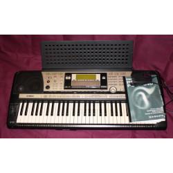 Clavier arrangeur Yamaha PSR-740 occasion